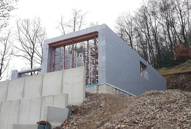 Hillside House 3